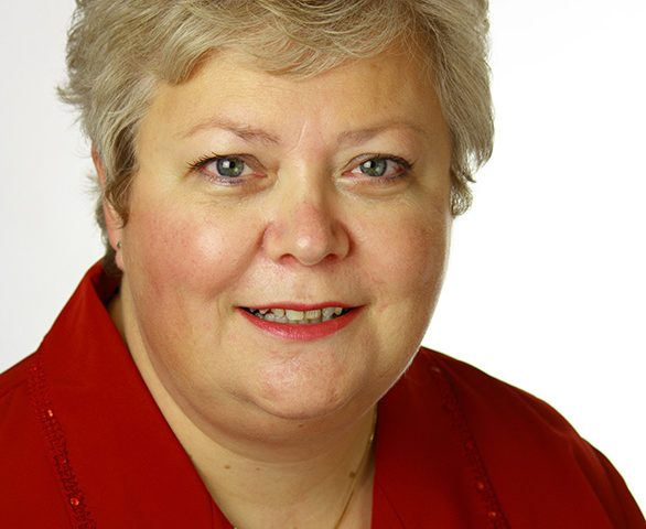 Headshot of Anne Macfie